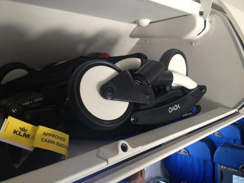 Babyzen yoyo passeggini leggeri babyzen for Cane nella cabina dell aereo