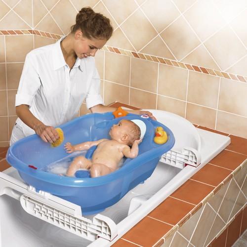 Il bagnetto del neonato: consigli per un momento di relax e amore